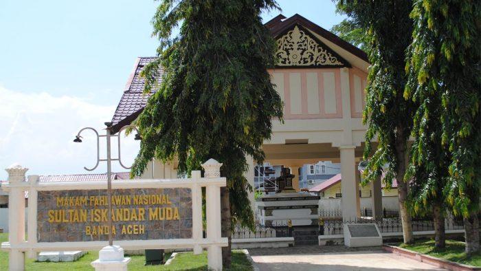 Menapak Tilas dan Berziarah di Makam Kesultanan Termahsyur di Aceh