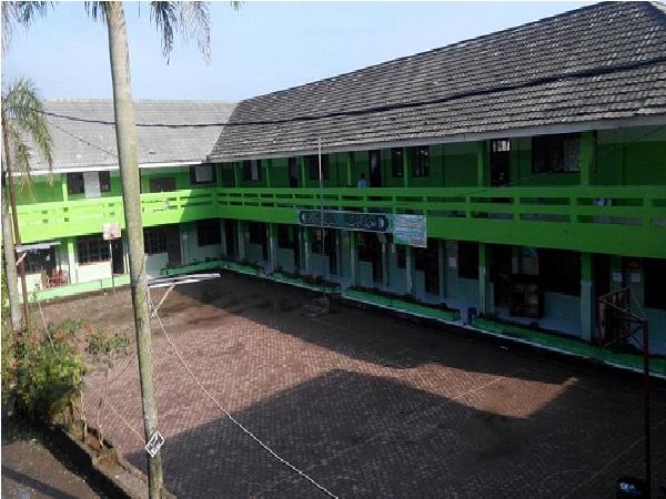 Pesantren Daarul Rahman II Bogor