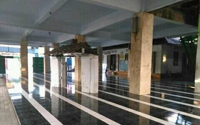 Wisata Rohani dan Bertawassul di Makam KH. Marzuqi Dahlan Lirboyo