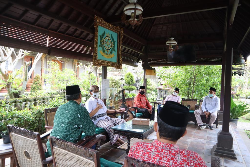 Anggota DPD RI Bali Dukung Rapid Test Gratis Bagi Santri Asal Bali