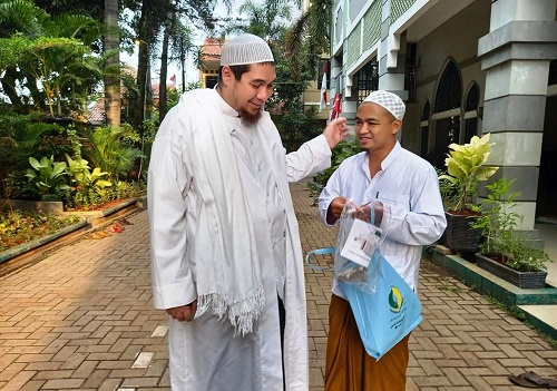 Akhlak Sang Habib Menghadapi Perempuan yang Curhat Kejelekan Suaminya