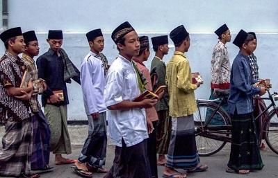 Ini 4 Kelebihan Pondok Pesantren Salafiyyah (Tradisional)