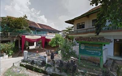 Pesantren Roudlotus Sholihin Lampung Timur
